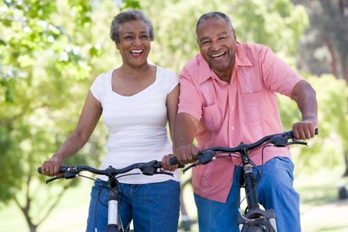 Elderly_couple_bikes.jpg
